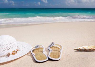 EKUZ czy polisa turystyczna – co lepsze na urlop za granicą?